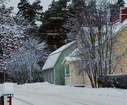 Paavolan kylä